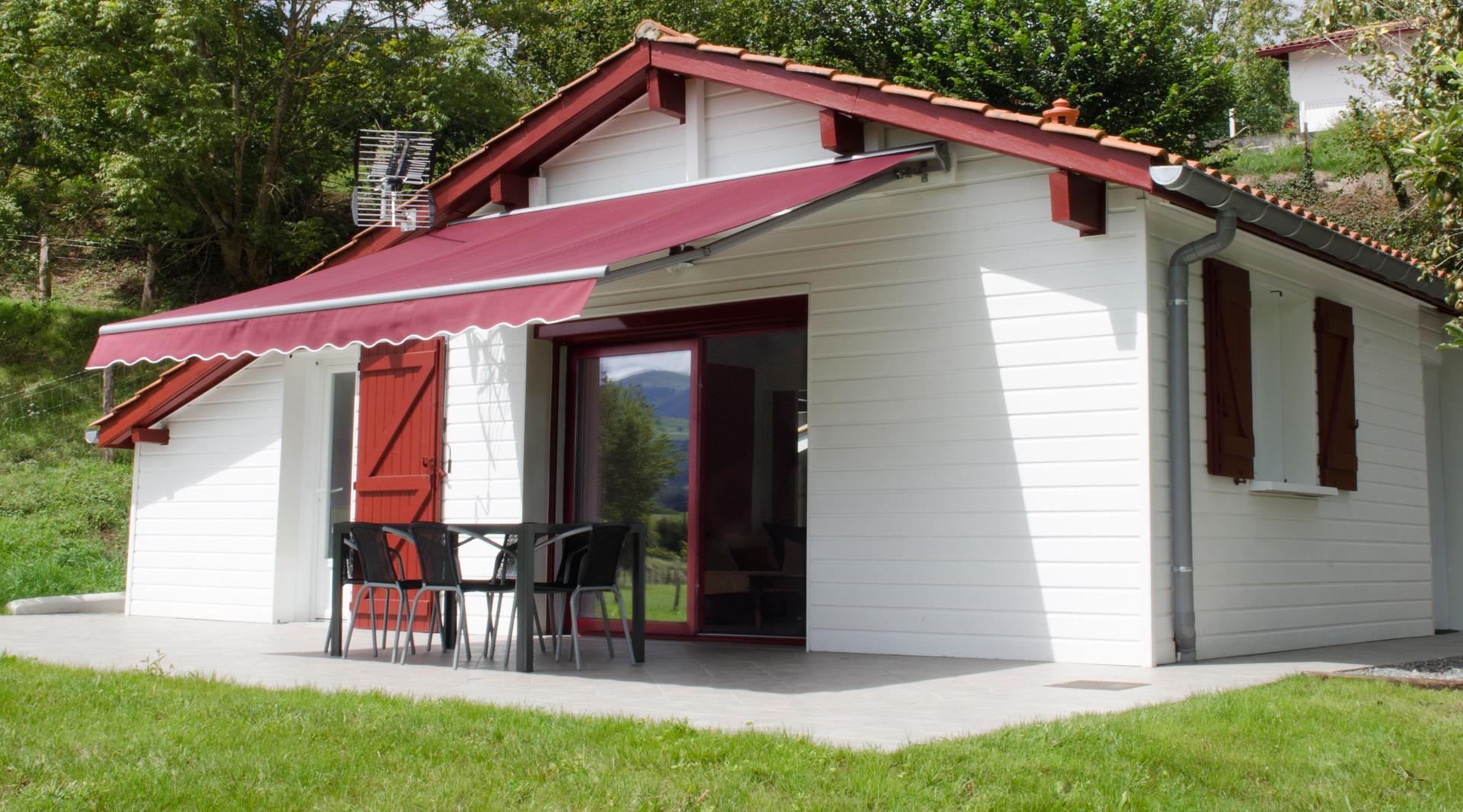 categories casa rural g te chambre table d 39 h tes au pays basque. Black Bedroom Furniture Sets. Home Design Ideas